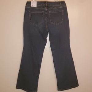 Lane Bryant Signature Fit Boot Mid Rise 12S Jeans